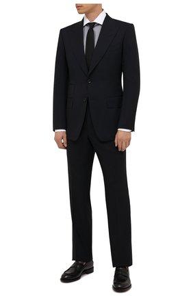 Мужская хлопковая сорочка TOM FORD серого цвета, арт. 2FT620/94SWAX | Фото 2 (Длина (для топов): Стандартные; Материал внешний: Хлопок; Рукава: Длинные; Случай: Формальный; Стили: Классический; Воротник: Акула; Рубашки М: Regular Fit; Манжеты: На пуговицах; Принт: С принтом)