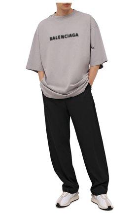 Мужская хлопковая футболка BALENCIAGA серого цвета, арт. 661715/TKVD5   Фото 2