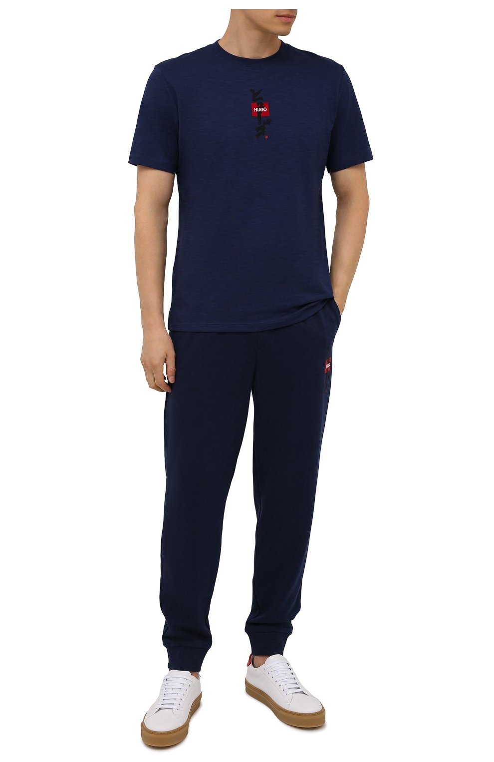 Мужская хлопковая футболка HUGO темно-синего цвета, арт. 50448452 | Фото 2 (Принт: Без принта; Рукава: Короткие; Длина (для топов): Стандартные; Материал внешний: Хлопок; Стили: Спорт-шик)
