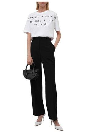 Женская хлопковая футболка LOEWE белого цвета, арт. S359333XCD | Фото 2 (Длина (для топов): Стандартные; Материал внешний: Хлопок; Рукава: Короткие; Женское Кросс-КТ: Футболка-одежда; Принт: С принтом; Стили: Кэжуэл)