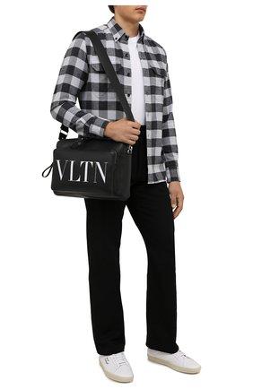Мужская хлопковая рубашка TOM FORD серого цвета, арт. 2FT371/94UDAN | Фото 2 (Рукава: Длинные; Материал внешний: Хлопок; Длина (для топов): Стандартные; Принт: Клетка; Воротник: Button down; Случай: Повседневный; Рубашки М: Slim Fit; Манжеты: На пуговицах; Стили: Кэжуэл)