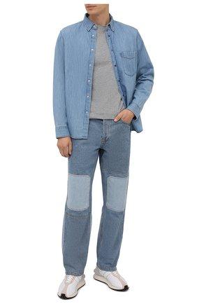 Мужская хлопковая футболка STONE ISLAND светло-серого цвета, арт. 751524113 | Фото 2 (Принт: Без принта; Рукава: Короткие; Длина (для топов): Стандартные; Материал внешний: Хлопок; Стили: Кэжуэл)