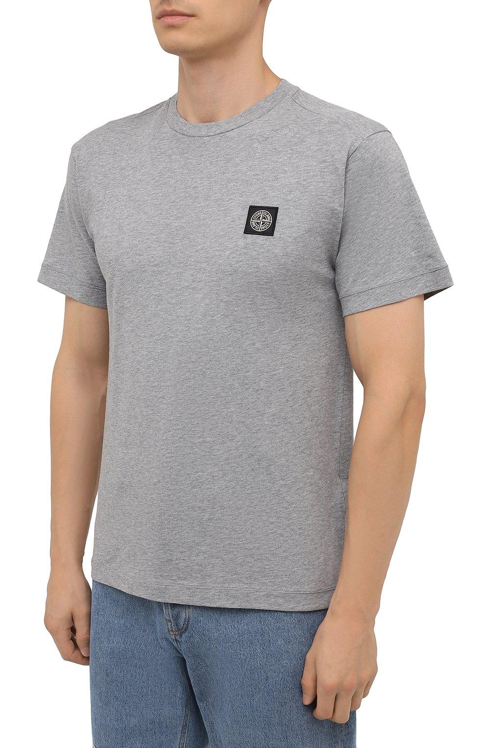 Мужская хлопковая футболка STONE ISLAND светло-серого цвета, арт. 751524113 | Фото 3 (Принт: Без принта; Рукава: Короткие; Длина (для топов): Стандартные; Материал внешний: Хлопок; Стили: Кэжуэл)