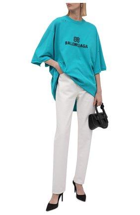 Женская хлопковая футболка BALENCIAGA бирюзового цвета, арт. 651795/TKVF5 | Фото 2 (Материал внешний: Хлопок; Длина (для топов): Удлиненные; Стили: Спорт-шик; Принт: С принтом; Рукава: Короткие; Женское Кросс-КТ: Футболка-одежда)
