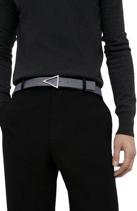 Мужской кожаный ремень BOTTEGA VENETA серого цвета, арт. 657154/VMAU3 | Фото 2 (Случай: Повседневный)
