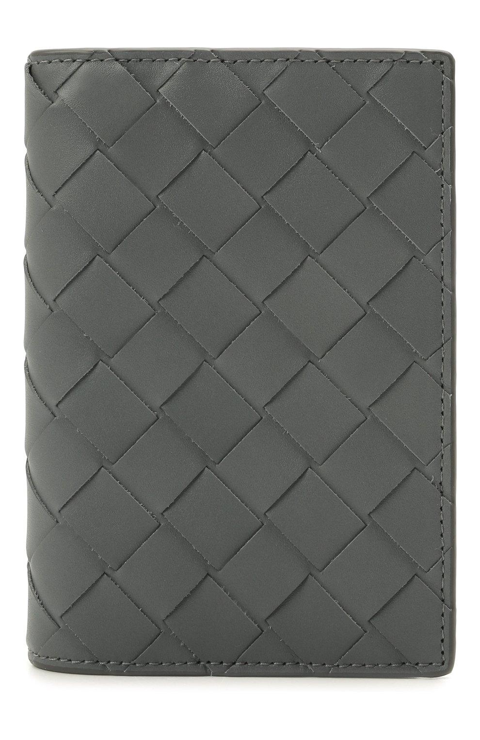 Мужской кожаная обложка для паспорта BOTTEGA VENETA серого цвета, арт. 607482/VCPQ4 | Фото 1 (Кросс-КТ: обложки и футляры)