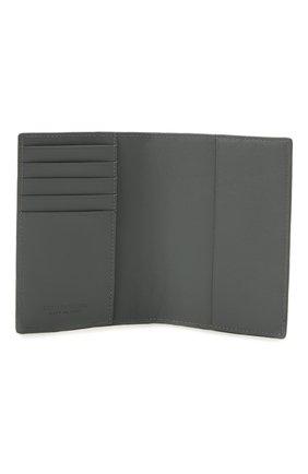 Мужской кожаная обложка для паспорта BOTTEGA VENETA серого цвета, арт. 607482/VCPQ4 | Фото 3 (Кросс-КТ: обложки и футляры)