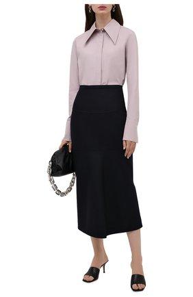 Женская хлопковая рубашка JIL SANDER сиреневого цвета, арт. JSPT600205-WT244200 | Фото 2 (Материал внешний: Хлопок; Стили: Минимализм; Принт: Без принта; Женское Кросс-КТ: Рубашка-одежда; Рукава: Длинные; Длина (для топов): Удлиненные)