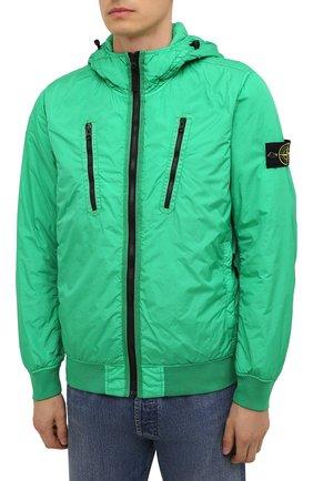 Мужской утепленный бомбер STONE ISLAND зеленого цвета, арт. 751542223   Фото 3 (Кросс-КТ: Куртка; Рукава: Длинные; Принт: Без принта; Материал внешний: Синтетический материал; Стили: Гранж; Мужское Кросс-КТ: утепленные куртки; Материал подклада: Синтетический материал; Длина (верхняя одежда): Короткие)