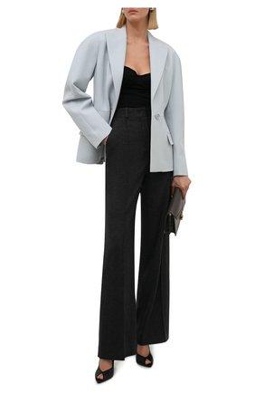 Женские кашемировые брюки LORO PIANA темно-серого цвета, арт. FAL8073 | Фото 2 (Материал внешний: Кашемир, Шерсть; Длина (брюки, джинсы): Удлиненные; Стили: Кэжуэл; Женское Кросс-КТ: Брюки-одежда; Силуэт Ж (брюки и джинсы): Расклешенные)
