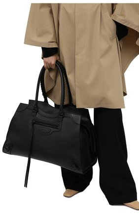 Женская сумка neo classic city l BALENCIAGA черного цвета, арт. 638531/15Y47 | Фото 2 (Размер: large; Материал: Натуральная кожа; Сумки-технические: Сумки top-handle)