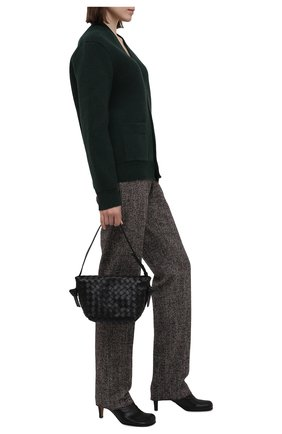 Женские брюки из шерсти и шелка BOTTEGA VENETA бежевого цвета, арт. 664620/V12N0 | Фото 2 (Материал внешний: Шерсть; Стили: Гламурный; Женское Кросс-КТ: Брюки-одежда; Силуэт Ж (брюки и джинсы): Прямые; Длина (брюки, джинсы): Стандартные)