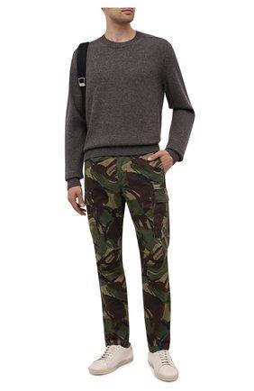 Мужские хлопковые брюки-карго POLO RALPH LAUREN хаки цвета, арт. 710835172 | Фото 2 (Материал внешний: Хлопок; Силуэт М (брюки): Карго; Случай: Повседневный; Стили: Милитари; Длина (брюки, джинсы): Стандартные)
