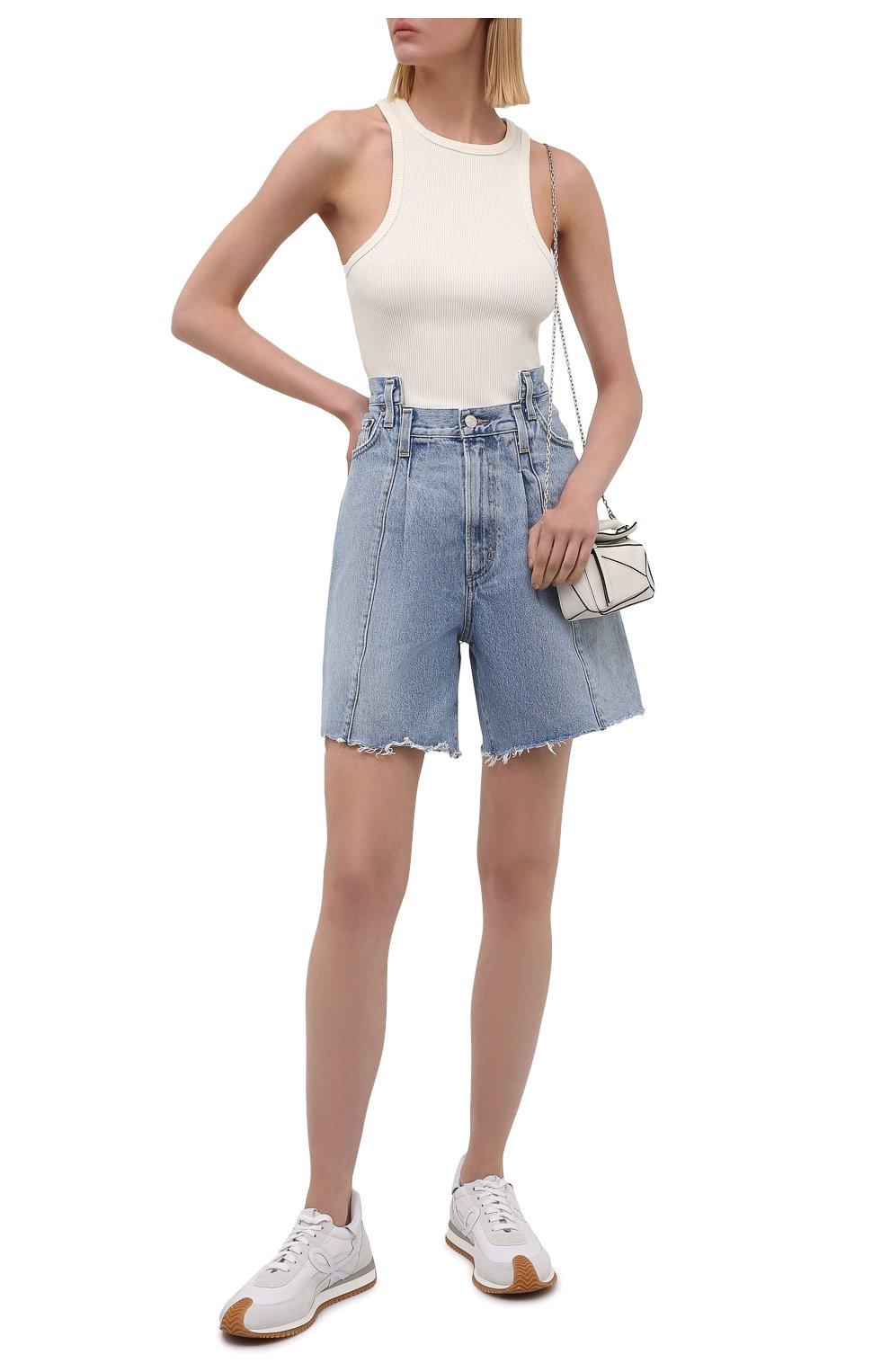 Женские джинсовые шорты AGOLDE голубого цвета, арт. A9017-1206   Фото 2 (Женское Кросс-КТ: Шорты-одежда; Стили: Гламурный; Кросс-КТ: Деним; Длина Ж (юбки, платья, шорты): Мини; Материал внешний: Хлопок)