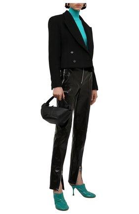 Женские кожаные мюли dot BOTTEGA VENETA бирюзового цвета, арт. 673780/V10M0 | Фото 2 (Каблук тип: Шпилька; Материал внутренний: Натуральная кожа; Каблук высота: Высокий; Подошва: Плоская)