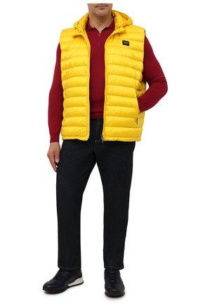 Мужской пуховый жилет PAUL&SHARK желтого цвета, арт. C0P2007/GZ7/3XL-6XL   Фото 2 (Материал утеплителя: Пух и перо; Материал подклада: Синтетический материал; Материал внешний: Синтетический материал; Кросс-КТ: Куртка, Пуховик; Стили: Кэжуэл; Длина (верхняя одежда): Короткие)