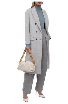 Женское шерстяное пальто BRUNELLO CUCINELLI светло-серого цвета, арт. ME4179732 | Фото 2 (Материал подклада: Синтетический материал; Материал внешний: Шерсть; Длина (верхняя одежда): Длинные; Рукава: Длинные; 1-2-бортные: Двубортные; Стили: Кэжуэл)