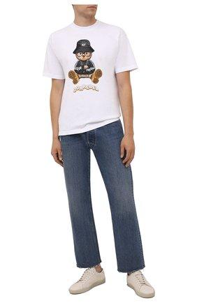 Мужская хлопковая футболка DOMREBEL белого цвета, арт. MNY BEAR/B0X T | Фото 2 (Длина (для топов): Стандартные; Материал внешний: Хлопок; Рукава: Короткие; Принт: С принтом; Стили: Гранж)