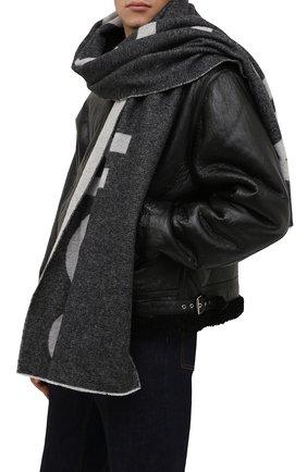 Мужской шерстяной шарф ACNE STUDIOS серого цвета, арт. CA0104/M   Фото 2 (Материал: Шерсть; Кросс-КТ: шерсть)