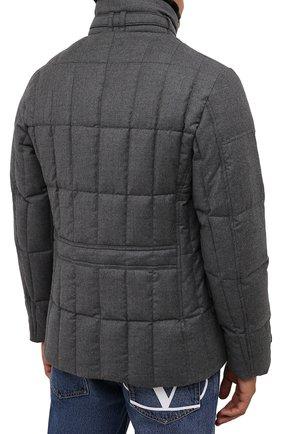 Мужская пуховая куртка с меховой отделкой siro-l MOORER серого цвета, арт. SIR0-L/M0UGI100276-TEPA217   Фото 4 (Кросс-КТ: Куртка; Мужское Кросс-КТ: пуховик-короткий; Материал внешний: Шерсть; Рукава: Длинные; Длина (верхняя одежда): До середины бедра; Стили: Классический; Материал подклада: Синтетический материал; Материал утеплителя: Пух и перо)