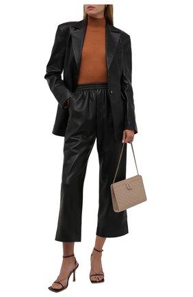 Женские брюки из экокожи NANUSHKA черного цвета, арт. NW21PFPA00899   Фото 2