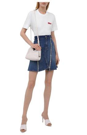 Женская джинсовая юбка STELLA MCCARTNEY синего цвета, арт. 603704/S0H47 | Фото 2 (Длина Ж (юбки, платья, шорты): Мини; Материал внешний: Хлопок; Стили: Гламурный; Кросс-КТ: Деним; Женское Кросс-КТ: Юбка-одежда)