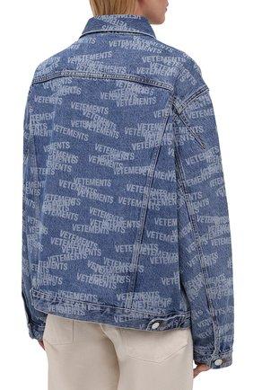 Женская джинсовая куртка VETEMENTS синего цвета, арт. UA52JA250B 2803/W | Фото 4