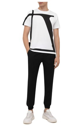 Мужская хлопковая футболка VALENTINO белого цвета, арт. WV3MG10V7LR | Фото 2