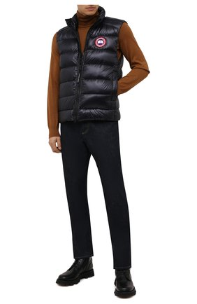 Мужской пуховый жилет crofton CANADA GOOSE черного цвета, арт. 2229M | Фото 2 (Материал подклада: Синтетический материал; Материал утеплителя: Пух и перо; Материал внешний: Синтетический материал; Кросс-КТ: Куртка, Пуховик; Стили: Спорт-шик; Длина (верхняя одежда): Короткие)