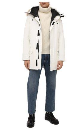 Мужская пуховая парка langford CANADA GOOSE белого цвета, арт. 2062M | Фото 2 (Материал утеплителя: Пух и перо; Материал внешний: Синтетический материал; Материал подклада: Синтетический материал; Стили: Кэжуэл; Кросс-КТ: Куртка; Мужское Кросс-КТ: пуховик-короткий; Длина (верхняя одежда): До середины бедра; Рукава: Длинные)
