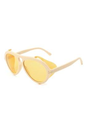 Женские солнцезащитные очки TOM FORD белого цвета, арт. TF882 | Фото 1 (Тип очков: С/з; Очки форма: Авиаторы)