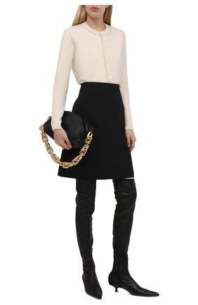 Женские кожаные сапоги volos KHAITE черного цвета, арт. F1018-740/V0L0S   Фото 2 (Материал внутренний: Натуральная кожа; Подошва: Плоская; Каблук высота: Низкий; Высота голенища: Высокие; Каблук тип: Kitten heel)