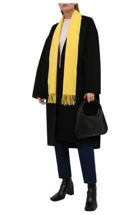 Женский кашемировый шарф LOEWE желтого цвета, арт. F000914X04 | Фото 2