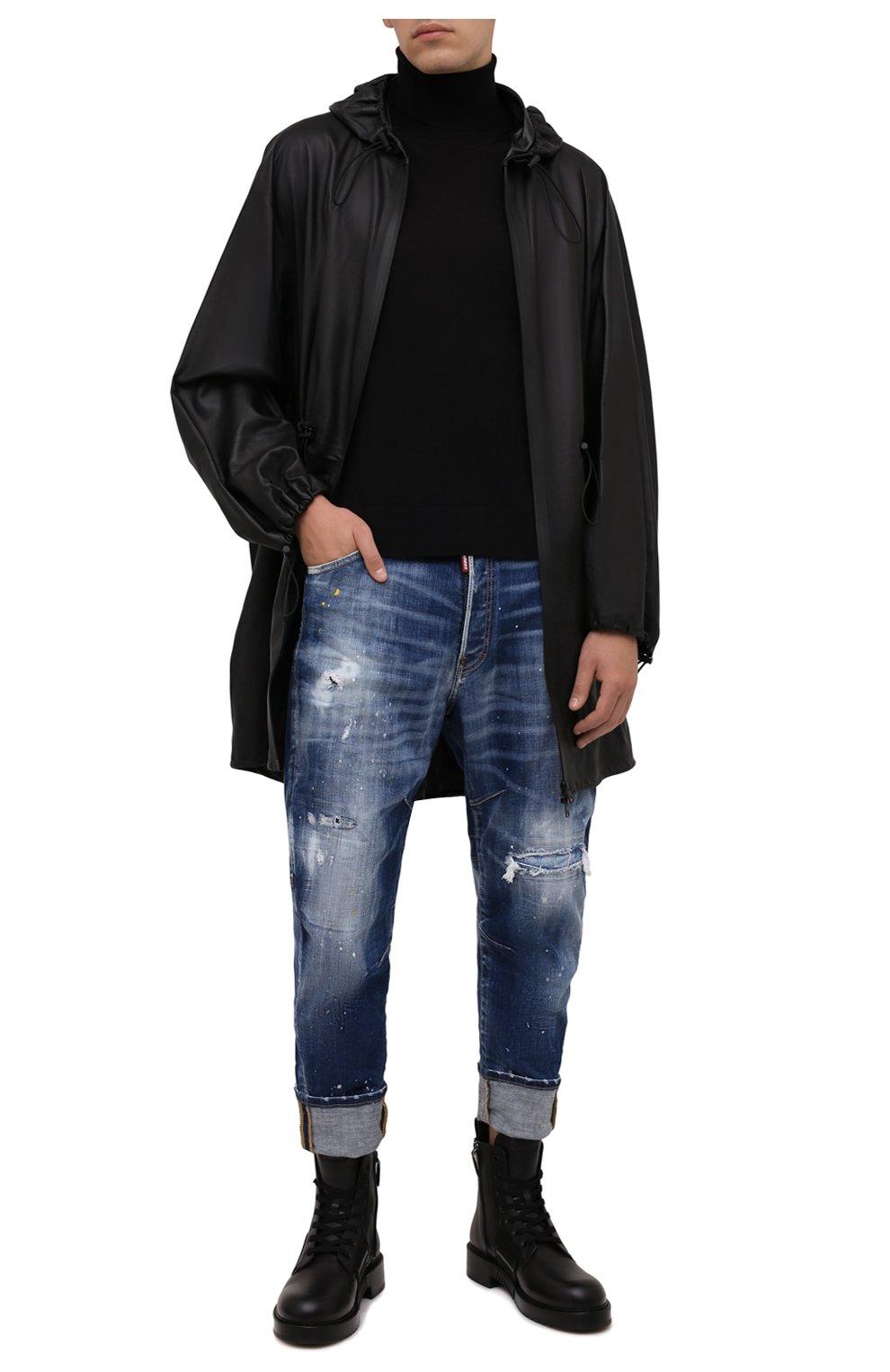 Мужские джинсы DSQUARED2 синего цвета, арт. S74LB0958/S30342   Фото 2 (Силуэт М (брюки): Прямые; Кросс-КТ: Деним; Стили: Гранж; Материал внешний: Хлопок; Детали: Потертости; Длина (брюки, джинсы): Укороченные)