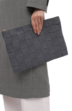 Женские кожаная папка для документов BOTTEGA VENETA серого цвета, арт. 651409/VCQC1 | Фото 2