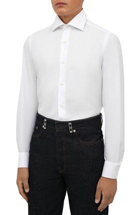 Мужская хлопковая сорочка LUIGI BORRELLI белого цвета, арт. PS30060/LUCIAN0/ST/EV/PC | Фото 3 (Манжеты: На пуговицах; Рукава: Длинные; Воротник: Акула; Длина (для топов): Стандартные; Рубашки М: Slim Fit; Материал внешний: Хлопок; Стили: Классический; Случай: Формальный; Принт: Однотонные)