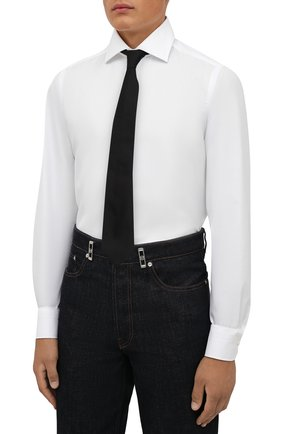 Мужская хлопковая сорочка LUIGI BORRELLI белого цвета, арт. PS30060/LUCIAN0/ST/EV/PC | Фото 4 (Манжеты: На пуговицах; Рукава: Длинные; Воротник: Акула; Длина (для топов): Стандартные; Рубашки М: Slim Fit; Материал внешний: Хлопок; Стили: Классический; Случай: Формальный; Принт: Однотонные)
