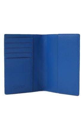 Мужской кожаная обложка для паспорта BOTTEGA VENETA синего цвета, арт. 607482/VCPQ4 | Фото 3 (Кросс-КТ: обложки и футляры)