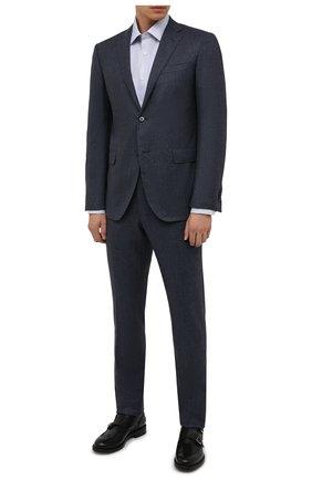 Мужская хлопковая сорочка CANALI голубого цвета, арт. 7705/GX02038 | Фото 2 (Материал внешний: Хлопок; Случай: Формальный; Манжеты: На пуговицах; Рубашки М: Regular Fit; Рукава: Длинные; Принт: Клетка; Воротник: Акула; Стили: Классический; Длина (для топов): Стандартные)