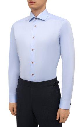 Мужская хлопковая сорочка ETON голубого цвета, арт. 1000 02443   Фото 3 (Манжеты: На пуговицах; Рукава: Длинные; Воротник: Акула; Длина (для топов): Стандартные; Рубашки М: Slim Fit; Материал внешний: Хлопок; Стили: Классический; Случай: Формальный; Принт: Однотонные)