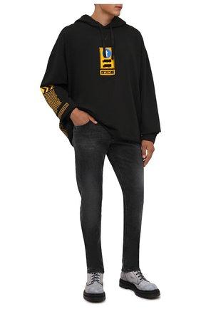 Мужские джинсы DOLCE & GABBANA темно-серого цвета, арт. GYJCCD/G8C07 | Фото 2 (Длина (брюки, джинсы): Стандартные; Материал внешний: Хлопок; Кросс-КТ: Деним; Силуэт М (брюки): Прямые; Стили: Кэжуэл; Детали: Потертости)
