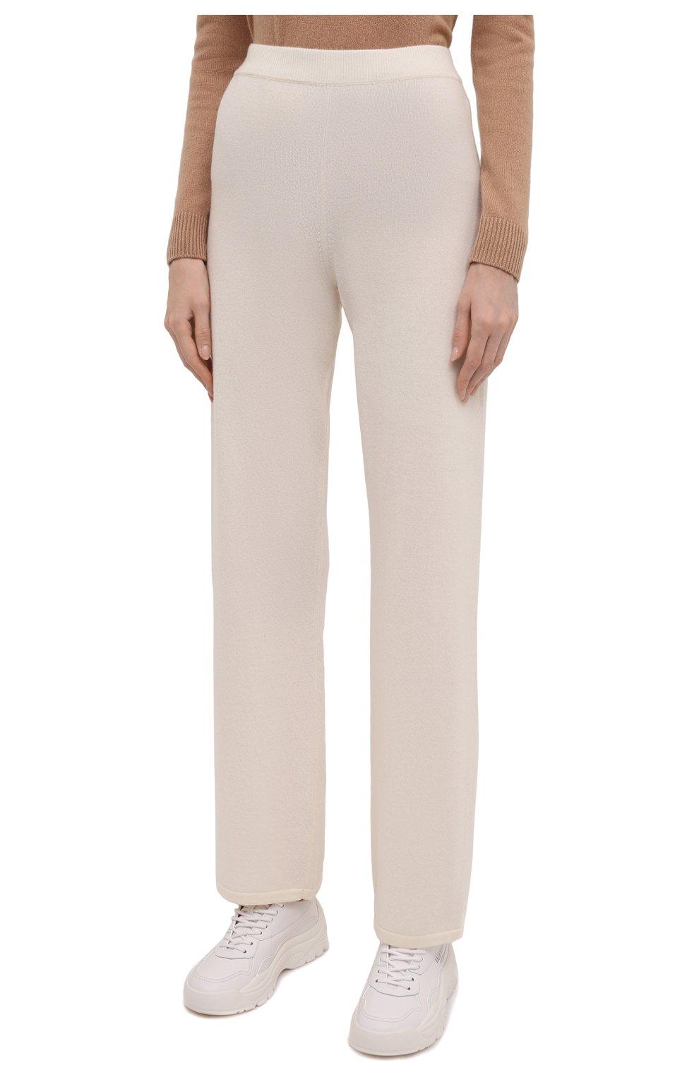 Женские брюки из шерсти и кашемира MANZONI24 кремвого цвета, арт. 21M363-X/38-46 | Фото 3 (Материал внешний: Шерсть, Кашемир; Длина (брюки, джинсы): Стандартные; Женское Кросс-КТ: Брюки-одежда; Силуэт Ж (брюки и джинсы): Прямые; Стили: Спорт-шик)