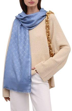 Женская палантин  VALENTINO голубого цвета, арт. WW2ED007/AJB | Фото 2