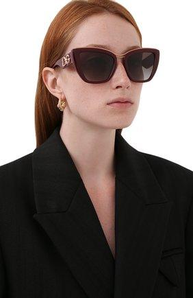 Женские солнцезащитные очки DOLCE & GABBANA темно-бордового цвета, арт. 6144-32858G | Фото 2 (Тип очков: С/з; Очки форма: Квадратные)
