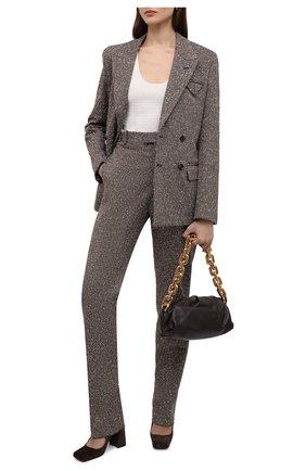 Женские брюки BOTTEGA VENETA темно-бежевого цвета, арт. 664620/V0WM0   Фото 2 (Длина (брюки, джинсы): Удлиненные; Материал внешний: Синтетический материал, Вискоза; Женское Кросс-КТ: Брюки-одежда; Силуэт Ж (брюки и джинсы): Прямые; Стили: Кэжуэл)