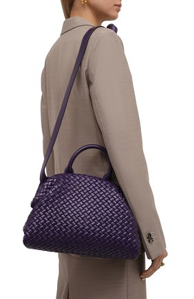 Женская сумка handle small BOTTEGA VENETA фиолетового цвета, арт. 651556/V01D1 | Фото 2 (Материал: Натуральная кожа; Сумки-технические: Сумки top-handle, Сумки через плечо; Размер: small; Ремень/цепочка: На ремешке)