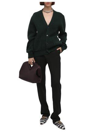 Женские брюки BOTTEGA VENETA болотного цвета, арт. 664620/V04B0   Фото 2 (Длина (брюки, джинсы): Удлиненные; Материал внешний: Синтетический материал; Женское Кросс-КТ: Брюки-одежда; Силуэт Ж (брюки и джинсы): Прямые; Стили: Кэжуэл)