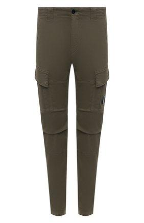 Мужские хлопковые брюки-карго C.P. COMPANY хаки цвета, арт. 11CMPA186A-005529G | Фото 1 (Материал внешний: Хлопок; Случай: Повседневный; Силуэт М (брюки): Карго; Стили: Кэжуэл, Милитари; Длина (брюки, джинсы): Стандартные)