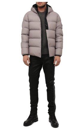 Мужская пуховая куртка giraud MONCLER серого цвета, арт. G2-091-1A000-22-53A6J | Фото 2 (Материал утеплителя: Пух и перо; Длина (верхняя одежда): Короткие; Материал подклада: Синтетический материал; Рукава: Длинные; Материал внешний: Синтетический материал; Кросс-КТ: Куртка; Мужское Кросс-КТ: пуховик-короткий; Стили: Кэжуэл)