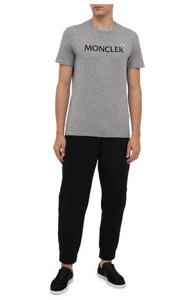 Мужская хлопковая футболка MONCLER серого цвета, арт. G2-091-8C000-22-8390T | Фото 2
